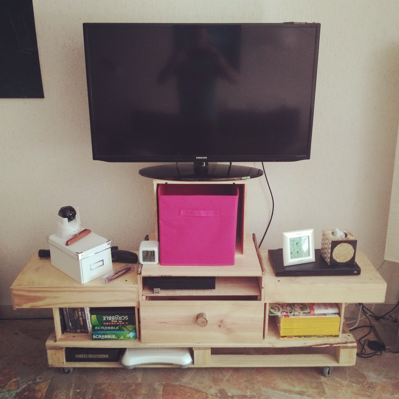 meuble-tv-caisses-vin - art by zestudio Annecy